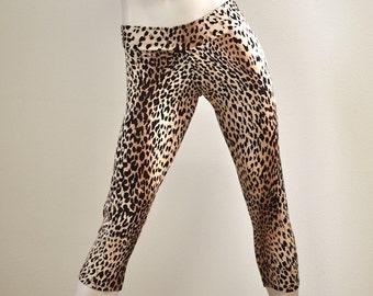 Hot Yoga Fitness Capri Pants Cheetah Low Rise SXYfitness Brand Item #1002 Sizes xxs-xxl (00-18 US)