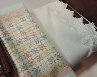 quilt embroidered shabby country dollhouse scale Katie Arthur miniature quilt