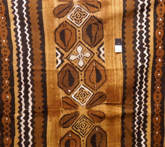 19737 African Mud Cloth Bambara Bogolanfini Gold 45 X