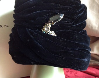 Gorgeous Vintage Black Velvet Hat with crystal pin