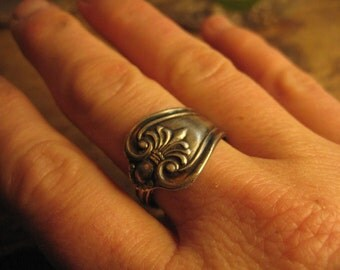 Sweet Spoon ring  silver plate size 7.5  nice fit low profile handmade