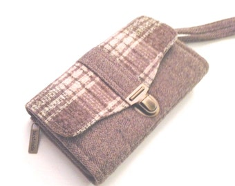 Smartphone iPhone Large Deluxe Clutch Wallet made from recycled/upcycled wool  # 26