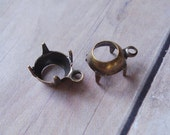Antiqued Brass 35ss (7mm to 7.5mm) 1 Ring/Loop Open Back Round Settings for Jewels or Cabs (12 pieces)