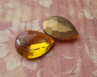 Vintage 18x13mm Czech Topaz Gold Foiled Pointed Back Teardrop Glass Cabs or Stones (2 pieces)