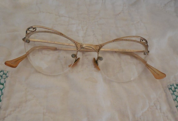 Filled Fancy Eyeglasses