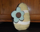 Medium Chunky Wood Easter Egg with Flower