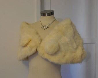 1960s stole / Snow Princess Vintage 60's Rabbit Fur Caplet