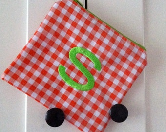 Beth's Large Oilcloth Coin Keeper with Embroidered Initial
