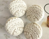 """Handmade Victorian Off White Cream Floral Lace Wedding Fabric Covered Buttons, Rustic Floral Lace Fridge Wedding Magnets, 1.5"""" 4's"""