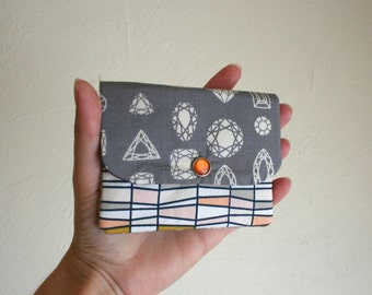 Gems and Jewels Cash and Card Wallet with Zipper for Change