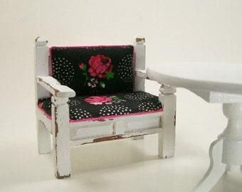 Vintage Roses Chair Settee Shabby Chic 1:12 Dollhouse Miniature Artisan