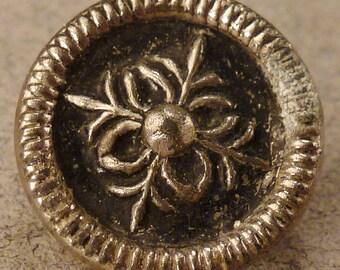 STEEL  BUTTON  Metal Victorian Steel accents round  Star Vintage  Pierced 1/2 inch diam