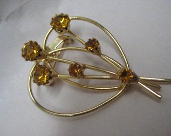 Amber Heart Flower Brooch Gold Rhinestone Vintage Pin