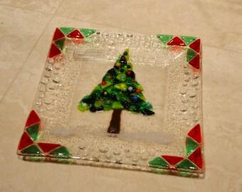 Christmas tree glass fused plate by YafitGlass