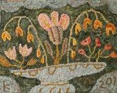 May Basket rug hooking pattern