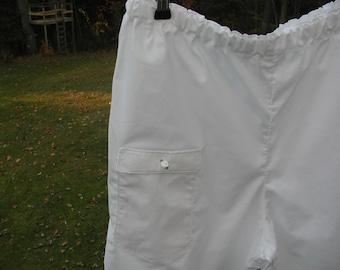 Pantaloons with Enclosed Pocket
