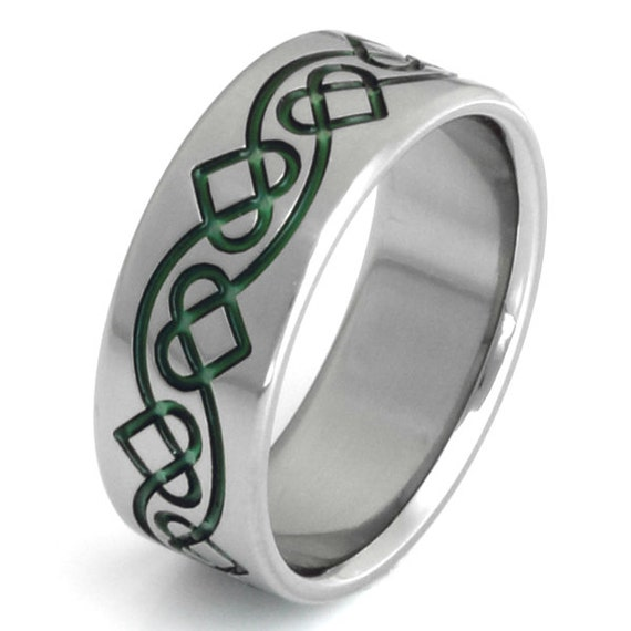 Irish Celtic Titanium Wedding Band  - Green Chain of Hearts Ring - ck28