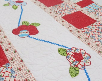 Quilt Baby Girl Patchwork in Red White Blue and Green Dancing Flowers
