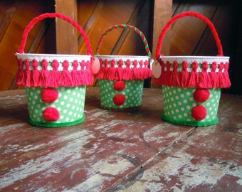 Handmade Recycled Vintage Fabric Candy Buckets Candy Pails Christmas Decoration Red Green Candy Party Decoration