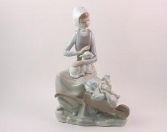 Vintage lladro japonesita sayonara 4989 retired porcelain - Consider including lladro porcelain figurines home decoration ...