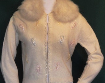 Vintage Beaded Sweater with Fur collar Macy's Pastel Beaded Lambswool B36