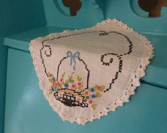 Sweet Vintage Crosstitch Doilie Flower Basket