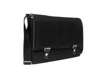 "13"" MacBook Air messenger bag - black"