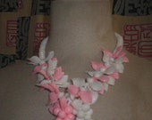 Vintage 50s Pink And White LUCITE Necklace LEAF And BERRIES 1950s