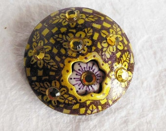 Hand drawn citrine floral focal bead with hidden flower