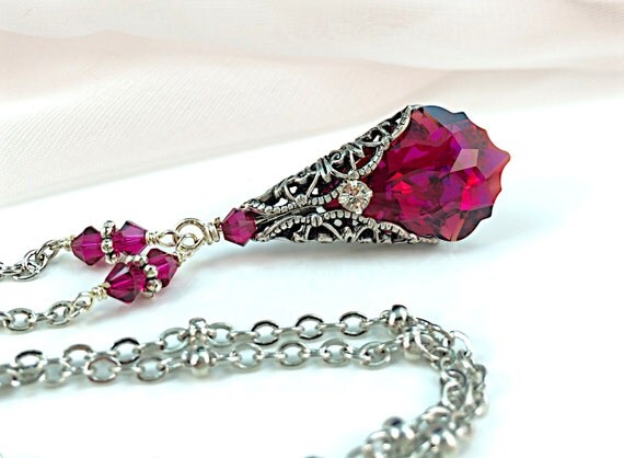 New Swarovski Ruby Red Baroque Crystal Filigree Pendant Necklace