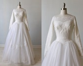1950s Wedding Dress / Long Sleeves / Ballgown / Lace and Organza Wedding Dress / Detachable Train / Elizabeth
