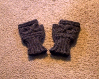 Hand Knitted - Women's Fingerless Cabled Gloves