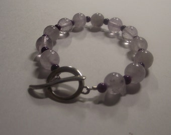 Pretty White Crystal Aventurine Bracelet with Silver tone Toggle Clasp