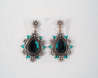 Dark Green & Clear Rhinestones Post Earrings