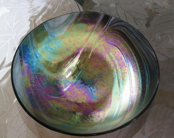 artist signed iridescent peacock flume Art Glass Bowl Aminci Amiwce Amince unknown art studio