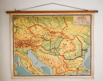 vintage wall chart, Dutch educational poster with map of the Danube area