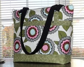 Purse/Handbag - Large with Zipper Closure - Pockets - Shoulder Straps - An ElizabethCreations Original