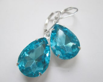 Zircon Turquoise Cyan Blue Faceted Crystal Vintage Dangle Silver Earrings