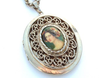Lockets, Locket Necklace, Cameo Necklace, Cameo, Pendant Necklace, Long Necklace, Vintage Jewelry, Gold Chain