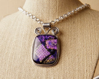 CoLoR ChAnGiNg Solid Sterling .925 Silver Handmade Dichroic Fused Glass Pendant Necklace