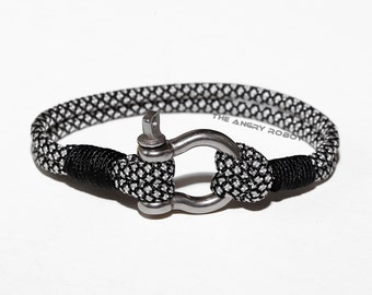 Nautical Paracord Bracelet with Shackle - Silver Diamonds and Black