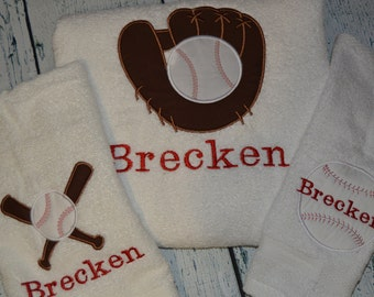 Personalized Kids Bath Towel with Ballerina sleepers applique
