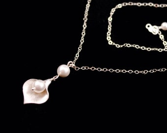 Bridal Jewelry Small Silver Calla Lily Wedding Necklace