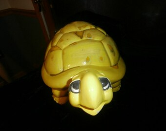 Turtle-Yellow  Spotted Tortoise Turtle Figurine Vintage 1973 Arnel's Ceramic   Spotted Tortoise Turtle Figurine