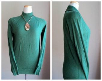 Vintage Green Scottish Sweater // Maban of Scotland // Long Sleeve Mock Neck Sweater
