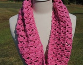Dusty Rose Shell Cowl