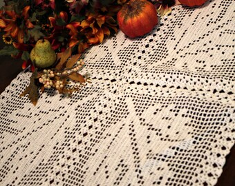 Beautiful Leaves doily