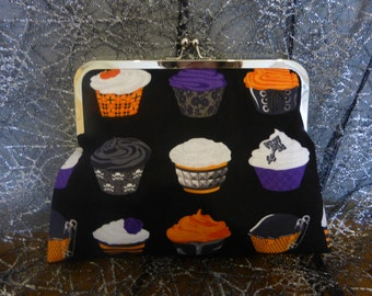 Spooky Cupcakes Clutch