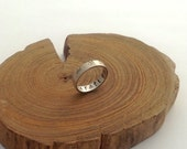 Gift of Gratitude Ring with Leaves size 9
