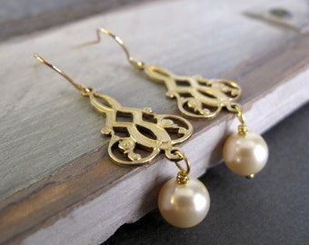 Gold Filigree Earrings, Vintage Inspired Pearl Earrings, Brass Dangle Gold Earrings Bridal - ROCOCO